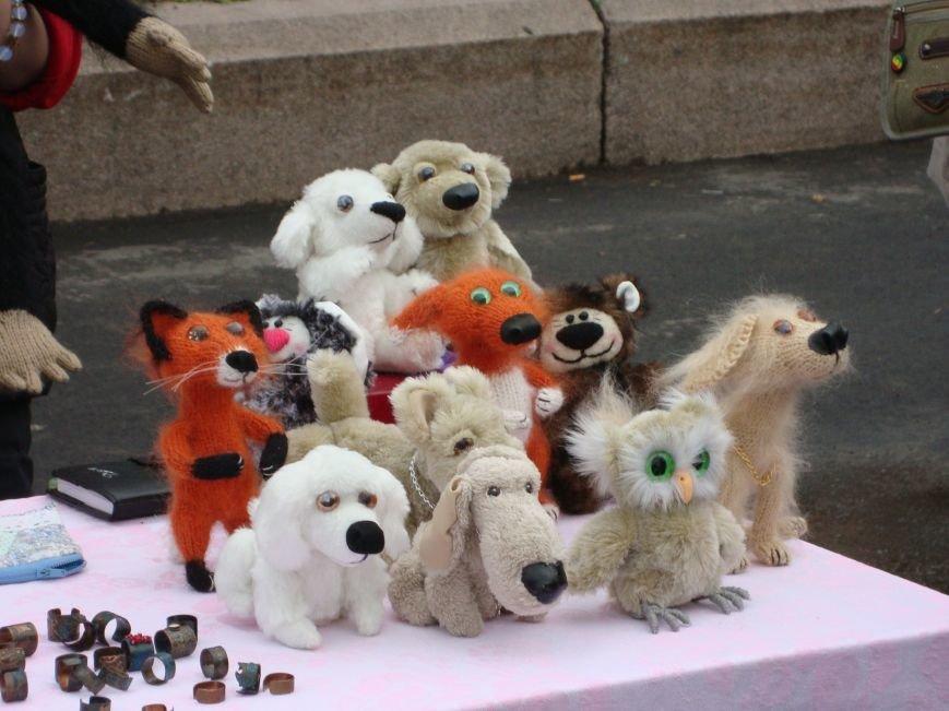 В Днепропетровске прошла благотворительная ярмарка в помощь бойцам АТО (ФОТО) (фото) - фото 1