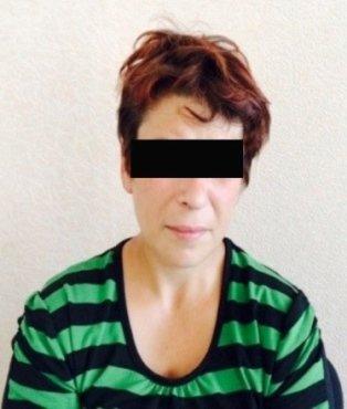 На крымской границе задержана 43-летняя наркокурьерша из Украины (ФОТО) (фото) - фото 1