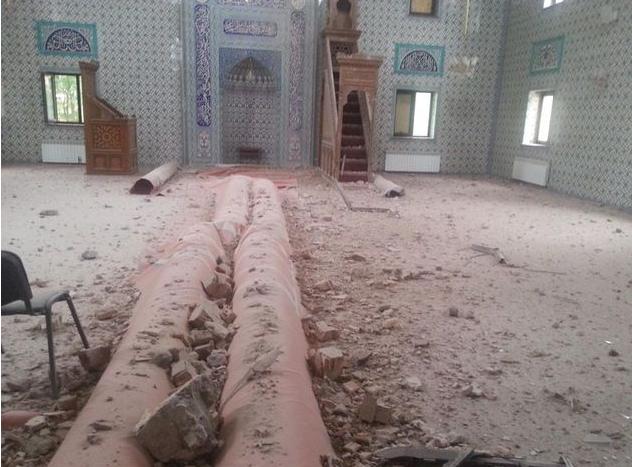 В Донецке под обстрел попала мечеть (фото) - фото 1