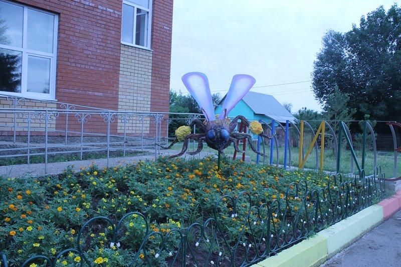 В Уфе появилась еще одна скульптура пчелы (фото) - фото 3