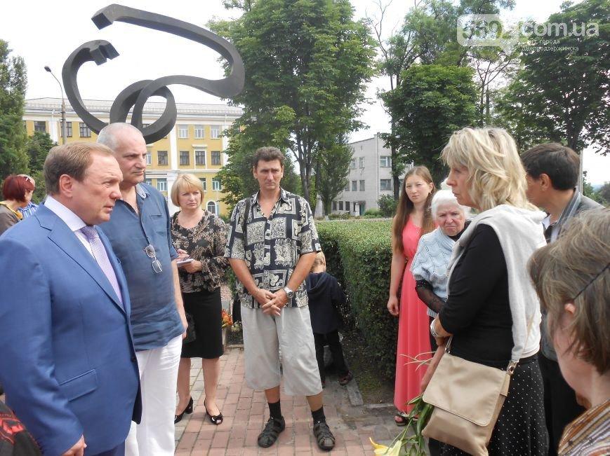В Днепродзержинске почтили память жертв трамвайной катастрофы (фото) - фото 10
