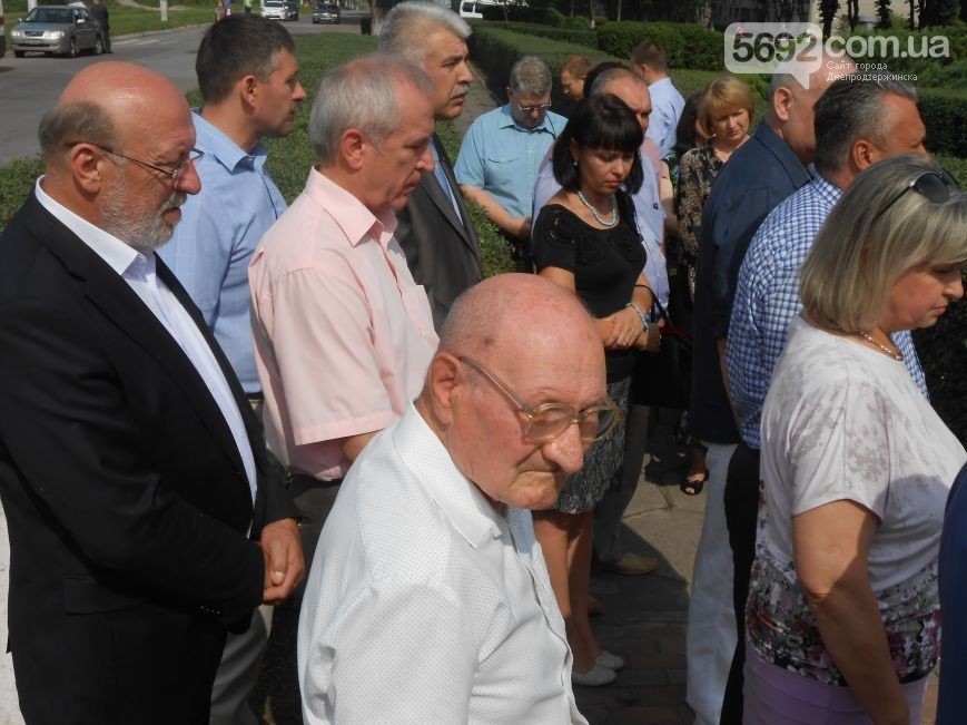 В Днепродзержинске почтили память жертв трамвайной катастрофы (фото) - фото 4