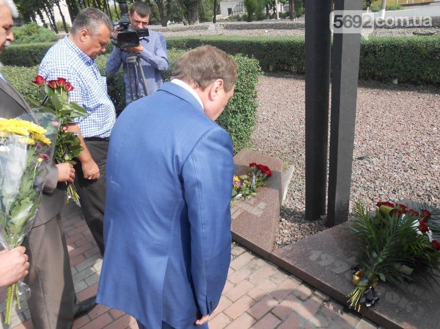 В Днепродзержинске почтили память жертв трамвайной катастрофы (фото) - фото 2