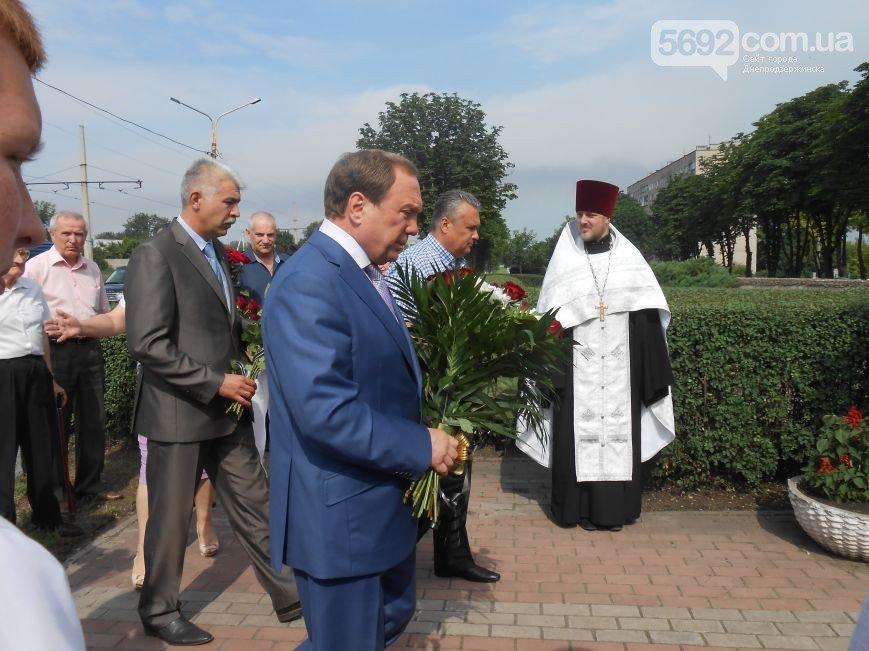 В Днепродзержинске почтили память жертв трамвайной катастрофы (фото) - фото 1