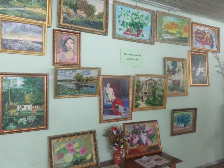 Творчество в каждом мазке кисти в библиотеке Красноармейска (фото) - фото 5