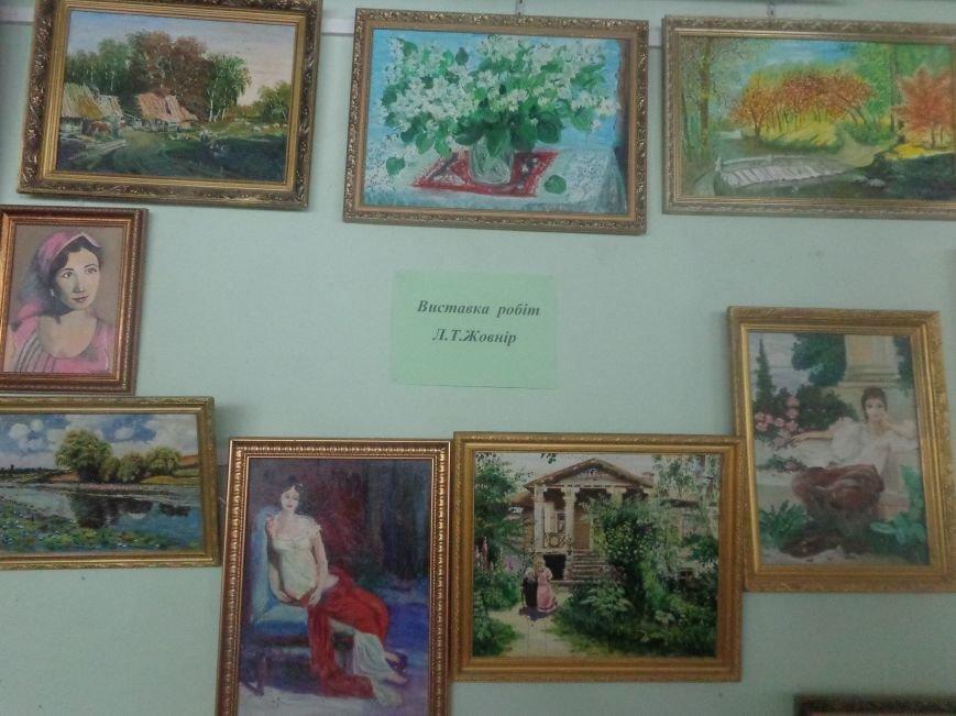 Творчество в каждом мазке кисти в библиотеке Красноармейска (фото) - фото 2