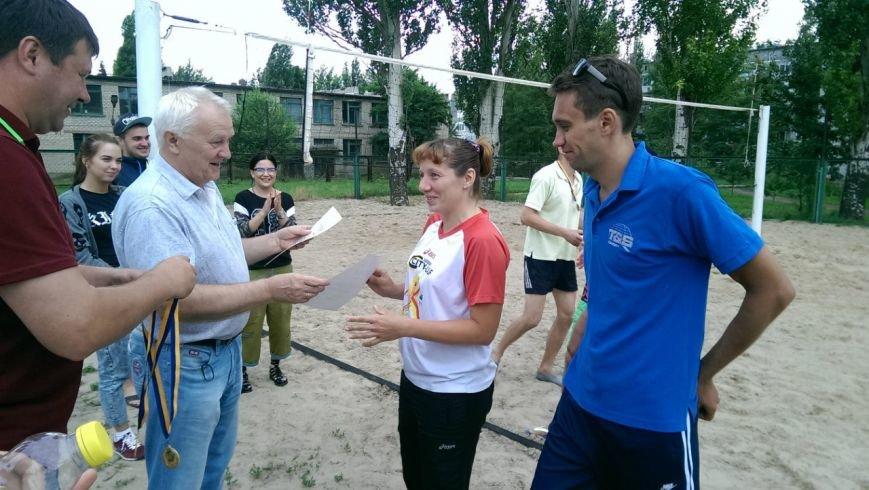 Турнир по пляжному волейболу в Димитрове прошел весело и интересно (ФОТО), фото-9