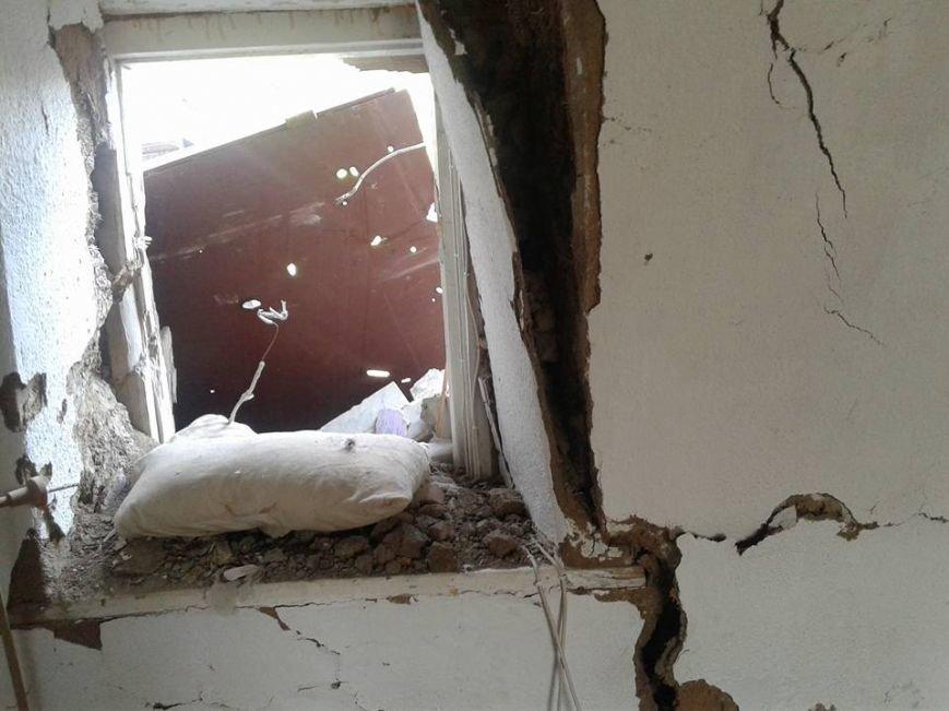 Мариупольцев просят помочь жителям разрушенного села Бердянское (ФОТО), фото-3