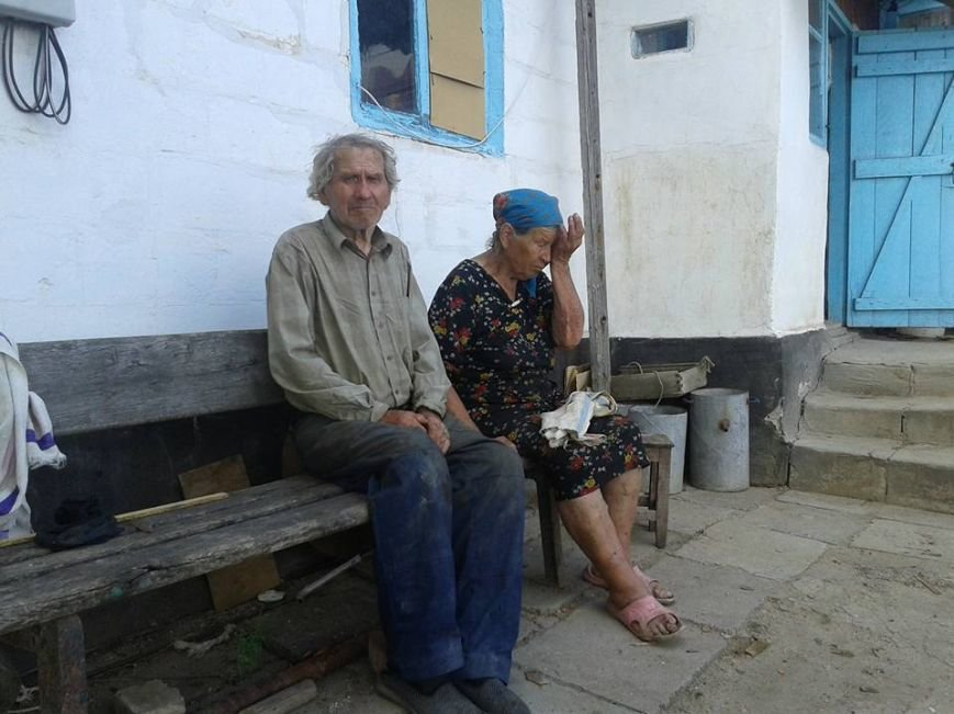 Мариупольцев просят помочь жителям разрушенного села Бердянское (ФОТО), фото-2