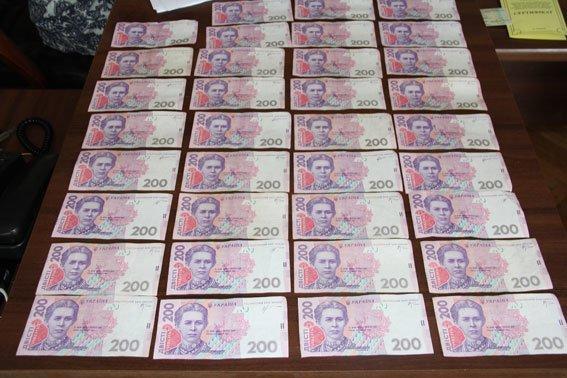 На взятке в 3000 гривен попался председатель поселкового совета в Черниговской области (фото) - фото 1