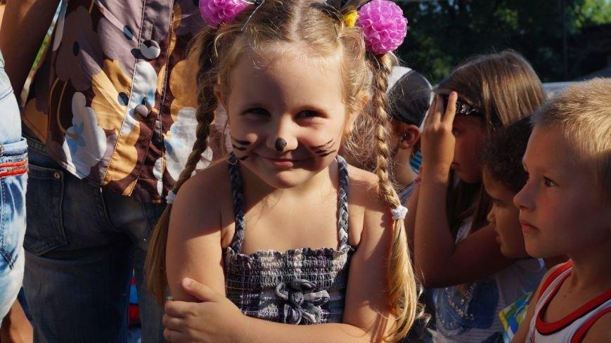 В Бердянске прошел праздник для детей из зоны АТО (фото) - фото 2
