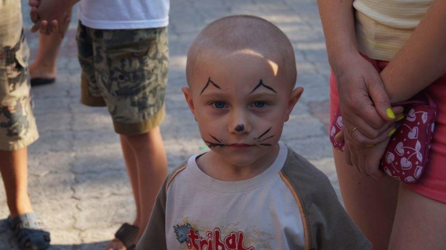 В Бердянске прошел праздник для детей из зоны АТО (фото) - фото 3