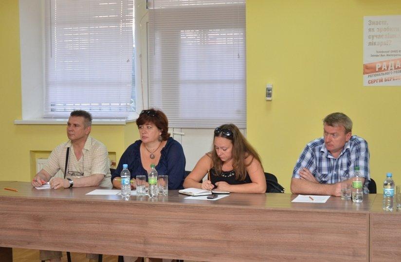 Березенко заставляет местные власти искать пути решения проблем ЖКХ, фото-1