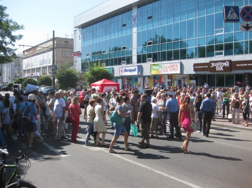 Торговцы с Центрального рынка на час перекрыли главную дорогу Чернигова, фото-7