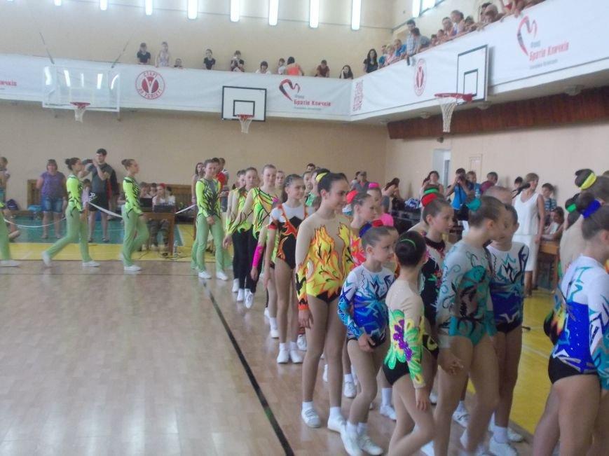 В Бердянске стартовал Всеукраинский турнир по спортивной аэробике кубок «Азовского моря» (фото) - фото 1