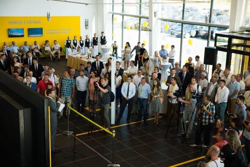 В Гродно открылся дилерский автоцентр Renault (фото) - фото 11