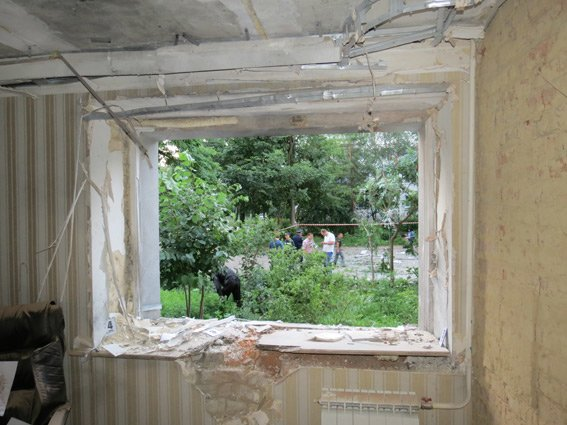 Теракт в Сумах: в офисе «Батьківщини»  находился пункт сбора гуманитарки для АТО (ФОТО) (фото) - фото 1