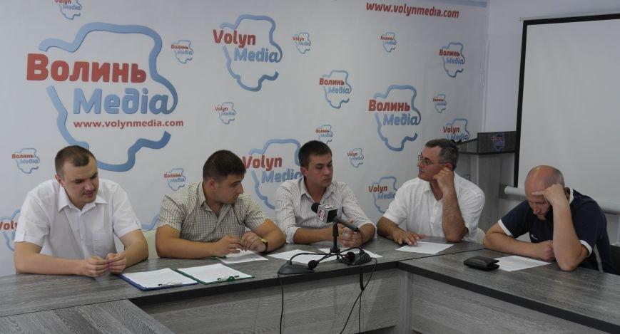 На Волинську митницю повертаються люди Януковича? (фото) - фото 1
