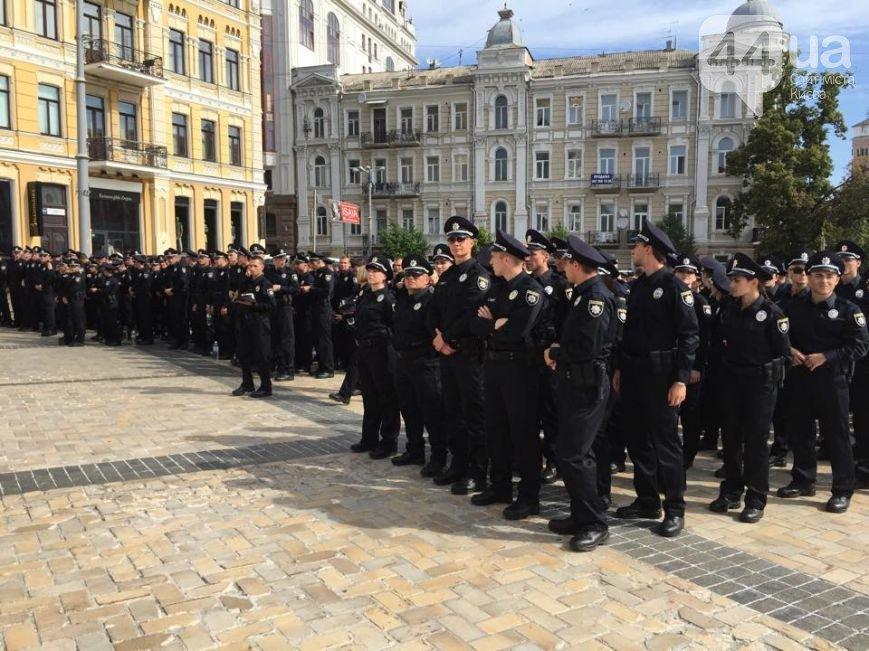 У Києві з'явилася патрульна поліція (ФОТО) (фото) - фото 1