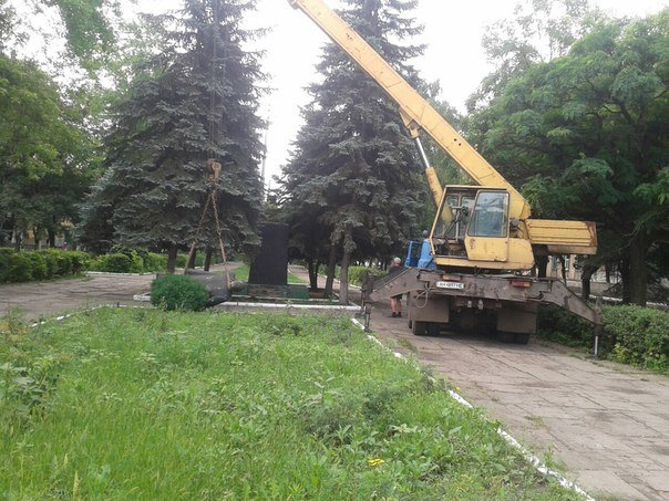В городе Родинское Ленина убрали, чтобы не накалять обстановку, фото-3