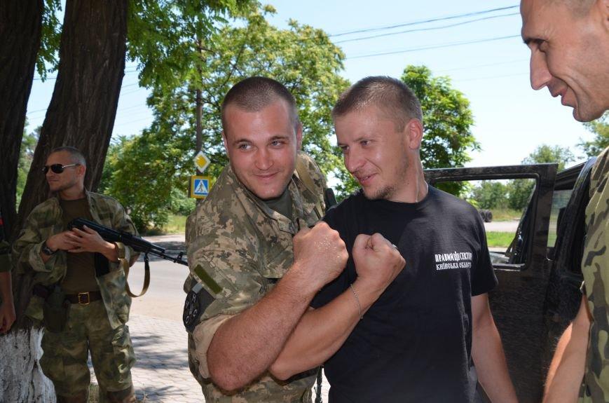 Фермеры из Киева передали защитникам Мариуполя «Урал» (ФОТО), фото-9