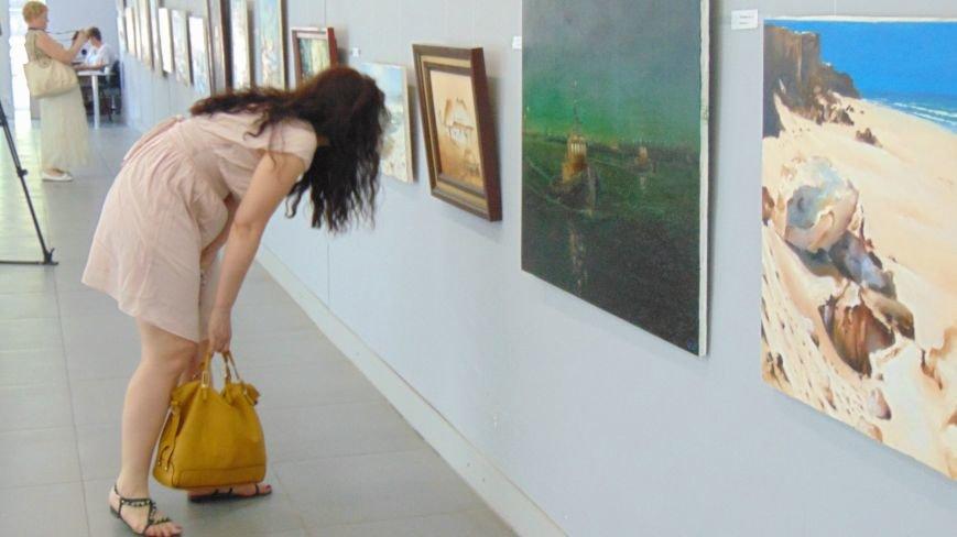 В Мариуполе заговорили все краски «Монологов в полдень века» (ФОТО) (фото) - фото 1
