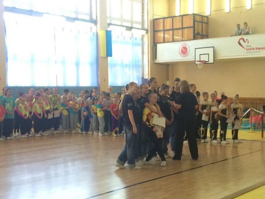 В Бердянске  подвели итоги турнира по спортивной аэробике (фото) - фото 1