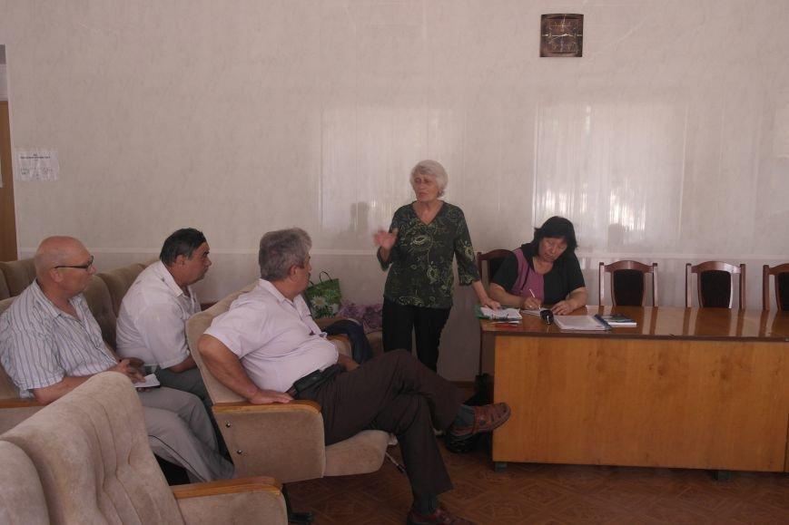 На заседании общественного совета обсудили будущее региона, дороги и патриотическое воспитание жителей Красноармейска (фото) - фото 5