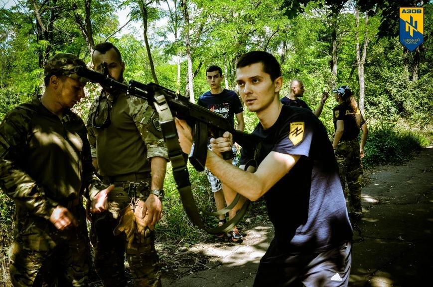 «Азов» обучал мариупольцев военному делу (ФОТО), фото-9