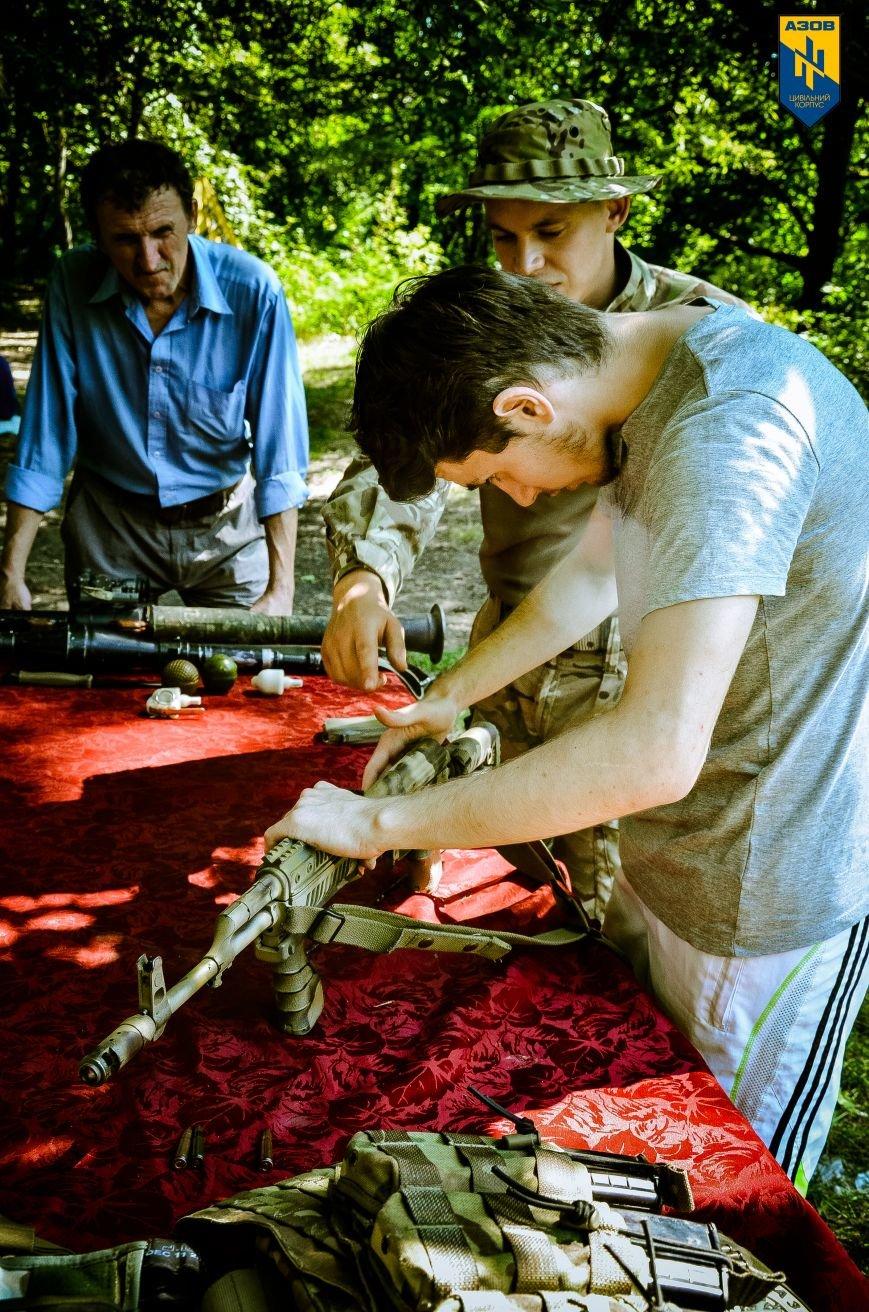 «Азов» обучал мариупольцев военному делу (ФОТО), фото-18