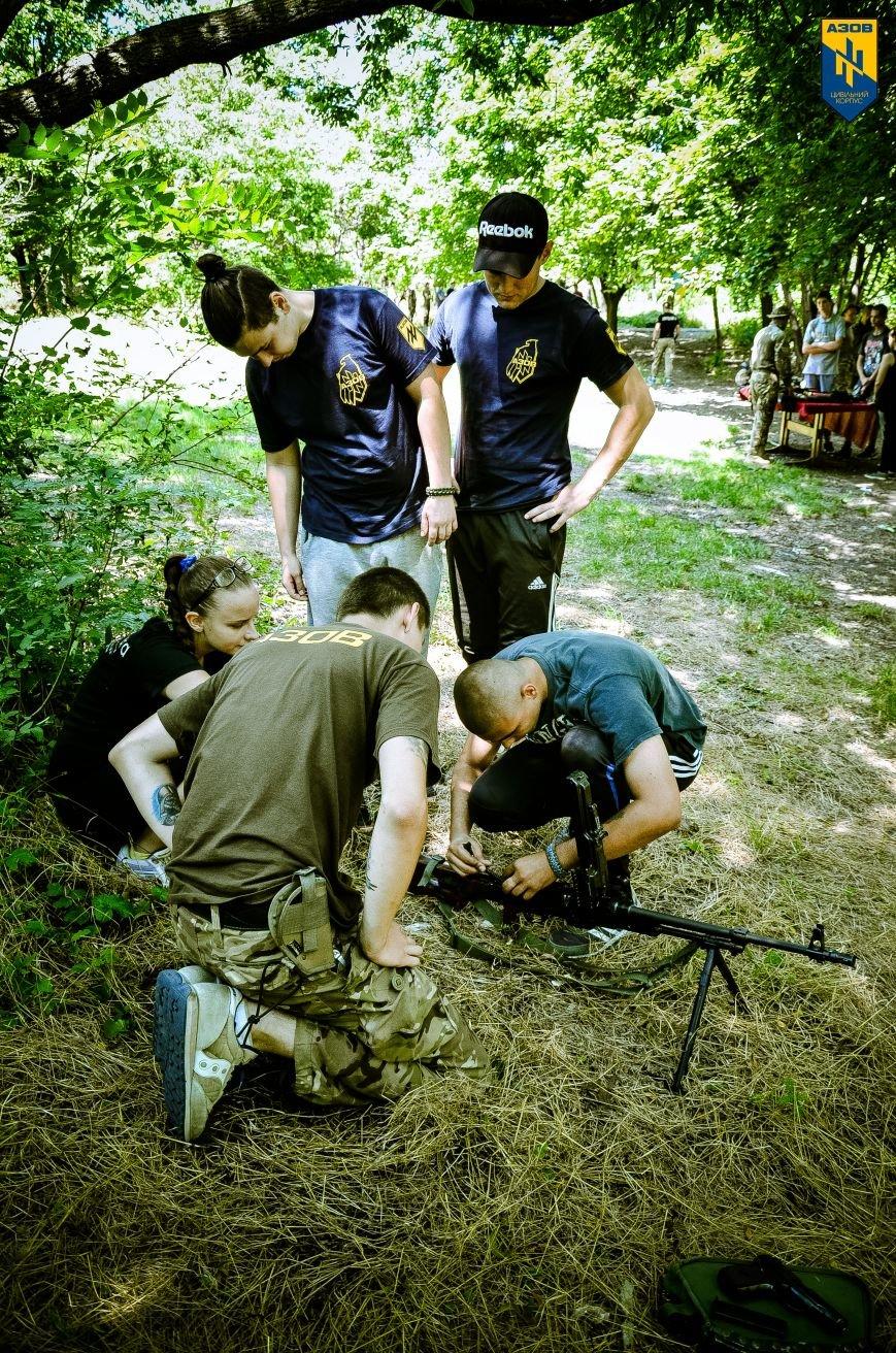 «Азов» обучал мариупольцев военному делу (ФОТО), фото-3