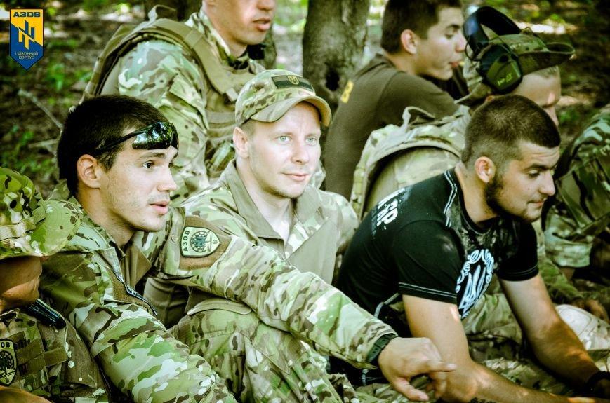 «Азов» обучал мариупольцев военному делу (ФОТО), фото-12