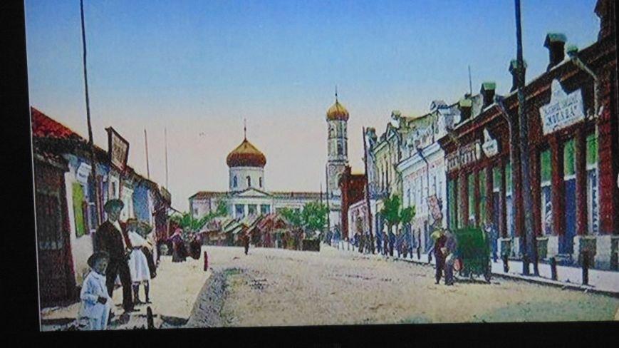 Мариупольцам предоставилась редкая возможность заглянуть в 19 и 20 век (ФОТО) (фото) - фото 2
