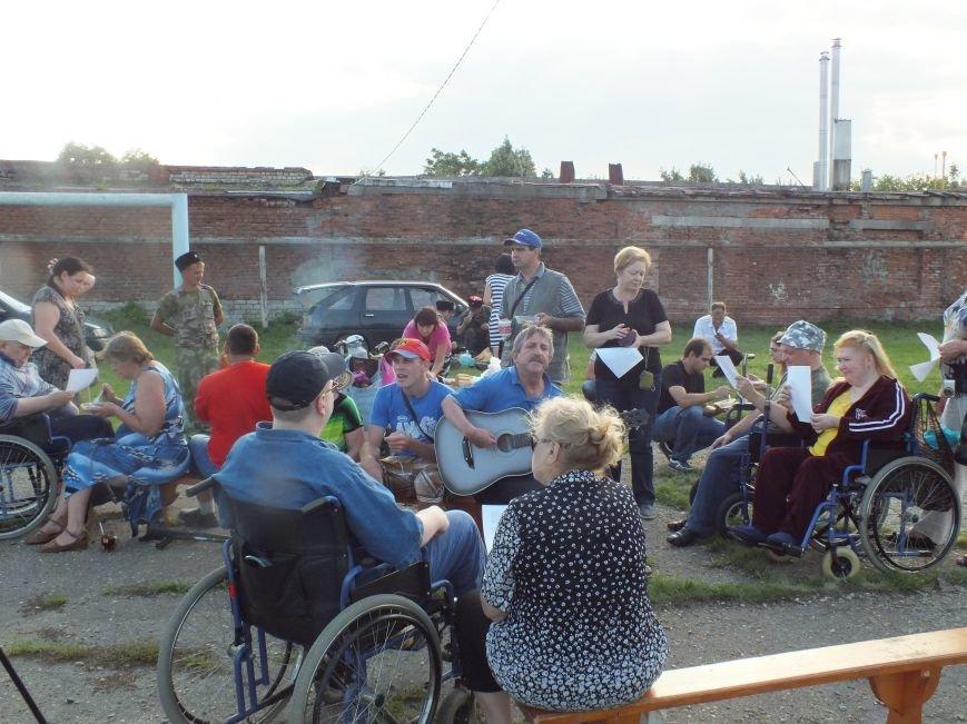 Конная прогулка для людей с ограниченными возможностями (фото) - фото 1