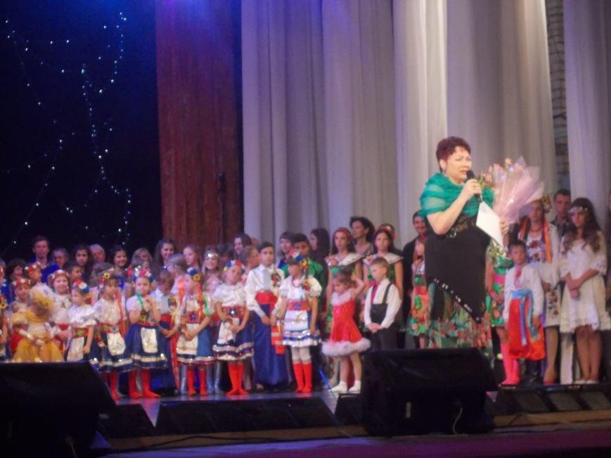 Гала-концерт победителей международного фестиваля-конкурса «Звёзды Пекторали» прошёл в Бердянске (фото) - фото 7