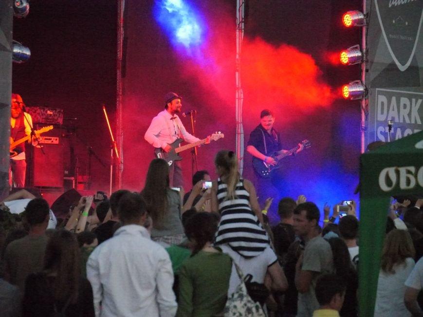 Сотні наметів, тисячі шанувальників рок-музики: у Тернополі завершився фестиваль «Файне місто» (ФОТОРЕПОРТАЖ) (фото) - фото 4
