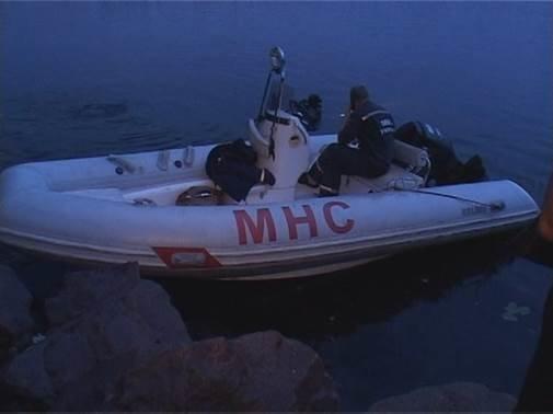 На Днепропетровщине нашли подводный тайник с противотанковыми минами (фото) - фото 1