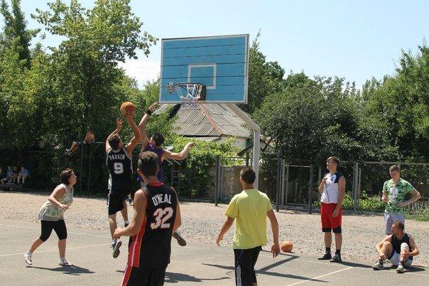 В Артемовске прошел турнир по стритболу (фото) - фото 2