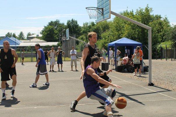 В Артемовске прошел турнир по стритболу, фото-1