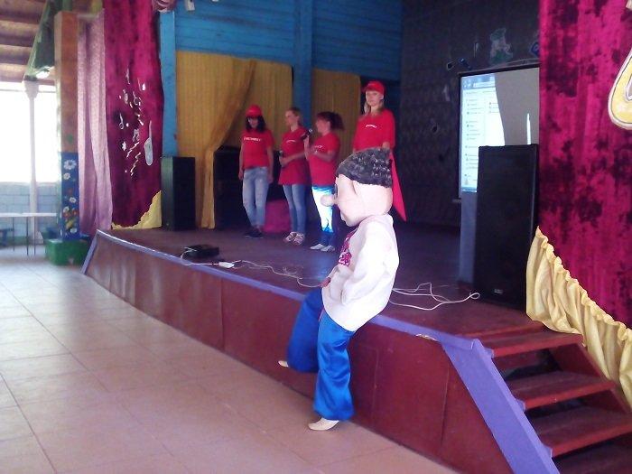 Праздник детства: как в «Дзержинце» День с Метинвестом проводили (фото) - фото 1