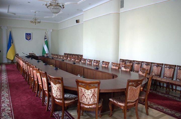 Декоммунизация в Чернигове началась с облгосадминистрации (фото) - фото 1