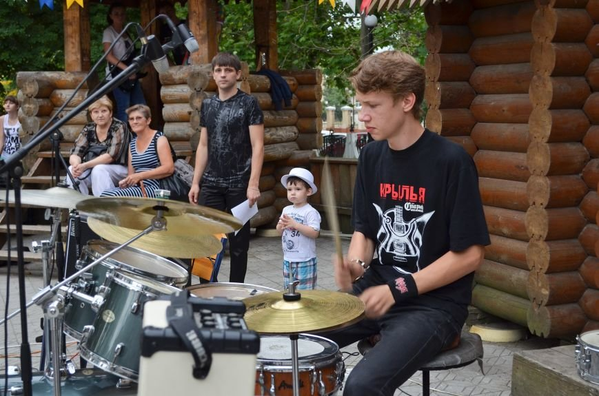 Николаевская «Сказка» собрала горожан на детский рок-фестиваль (ФОТО) (фото) - фото 6