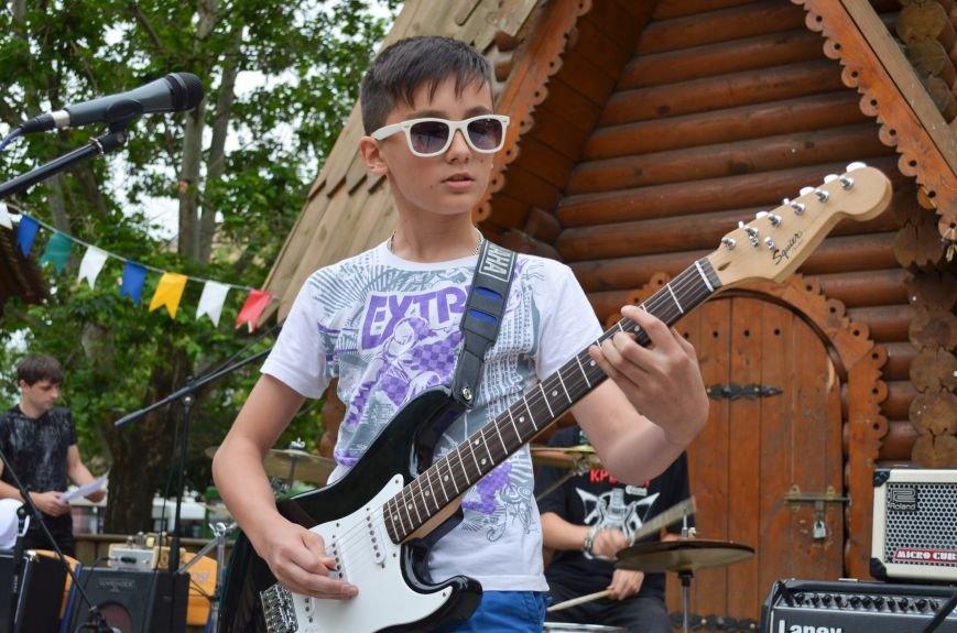 Николаевская «Сказка» собрала горожан на детский рок-фестиваль (ФОТО) (фото) - фото 5