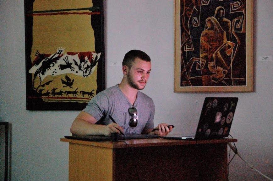 У Хмельницькому обласному музеї провели майстер-клас із цифорового живопису (ФОТО) (фото) - фото 2