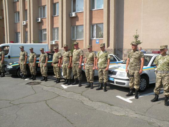 Николаевцы встретили ГАИшников, вернувшихся из зоны АТО (ФОТО) (фото) - фото 2