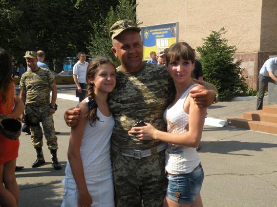 Николаевцы встретили ГАИшников, вернувшихся из зоны АТО (ФОТО) (фото) - фото 5