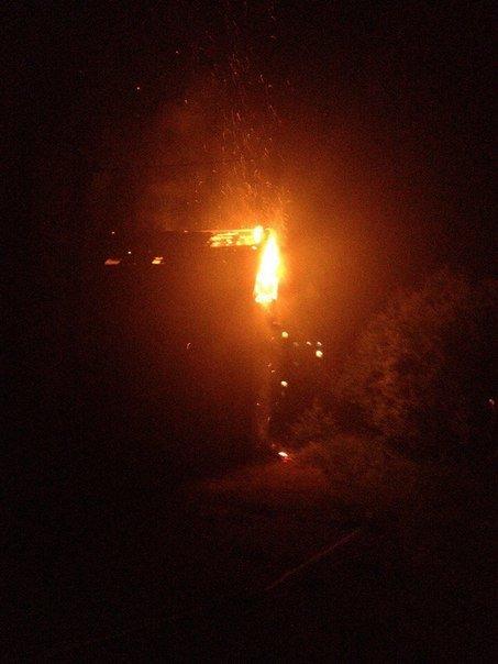 У дворі франківської школи гасили пожежу (ФОТО) (фото) - фото 2