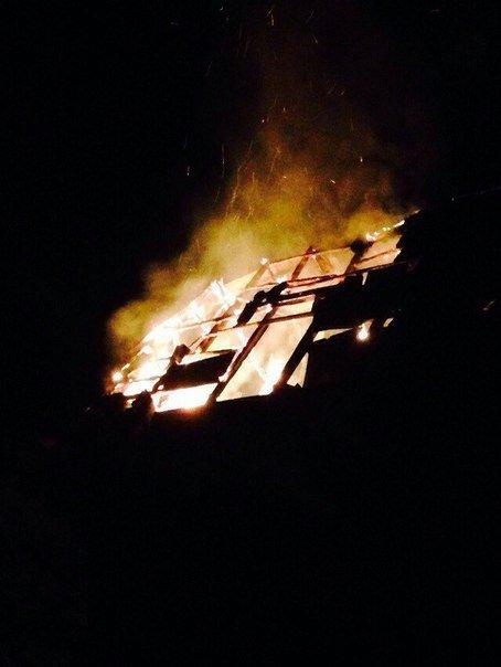 У дворі франківської школи гасили пожежу (ФОТО) (фото) - фото 1