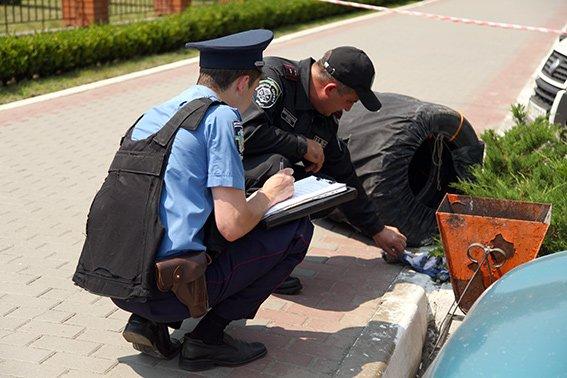 Песіонер приніс під відділення міліції небезпечну знахідку (ФОТО) (фото) - фото 2