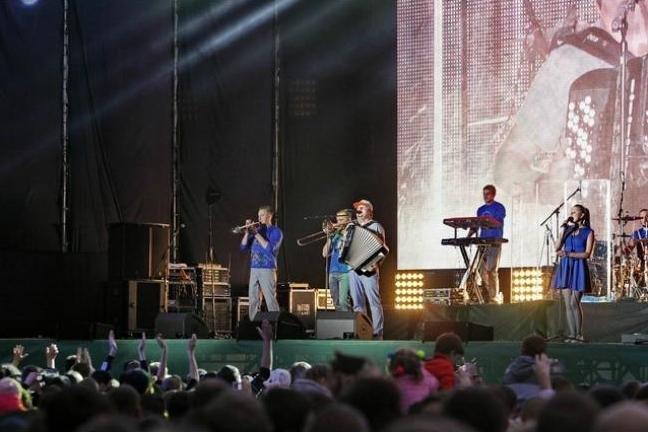 Десять тысяч черниговцев посетили концерт групп «НеАнгелы» и «ТІК», фото-3